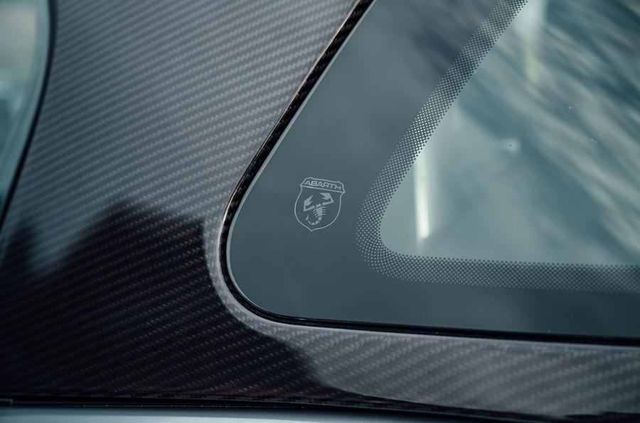 Abarth 124 GT review 2018 carbon fibre
