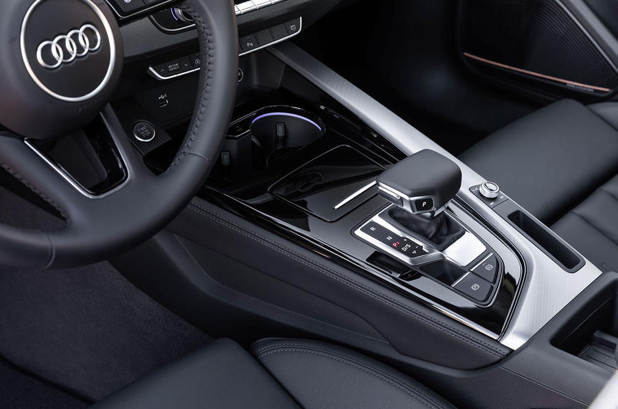 Audi A4 2019 first drive review - centre console