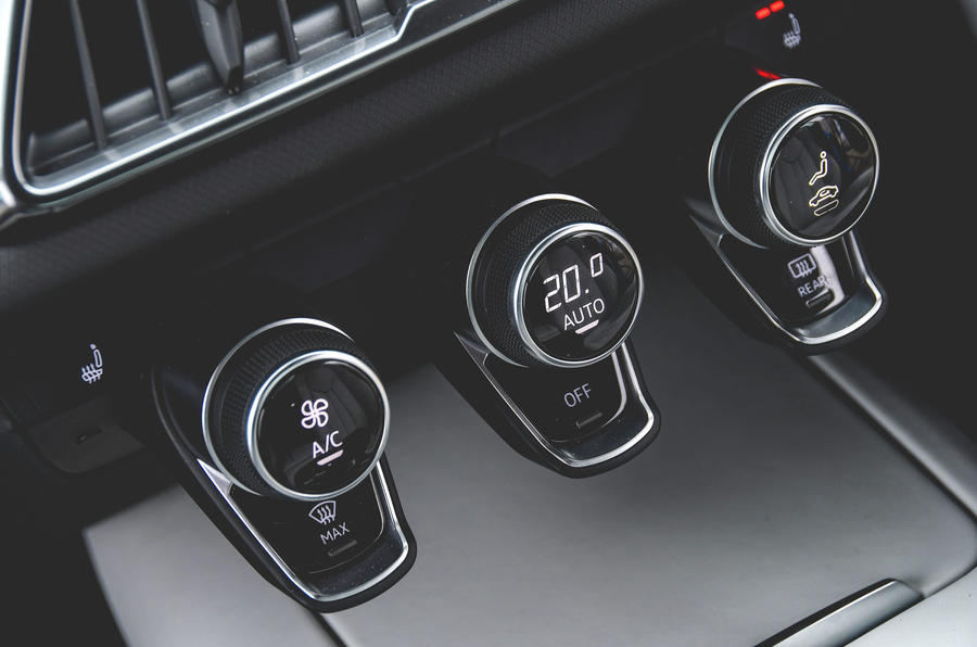 Audi R8 2019 UK first drive review - climate controls