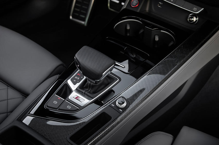 Audi S4 2019 first drive review - centre console