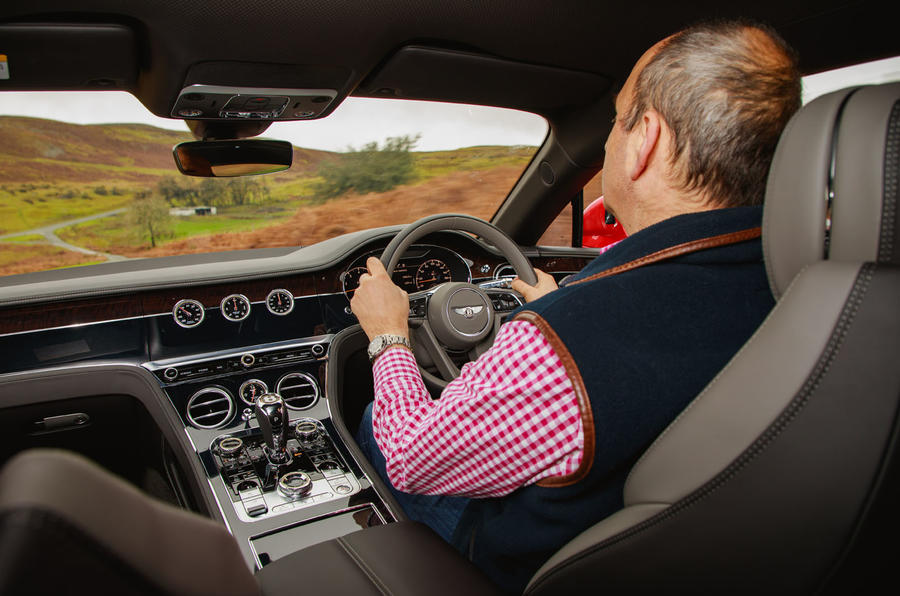 Bentley Continental GT V8 2020 UK first drive review - Andrew Frankel driving