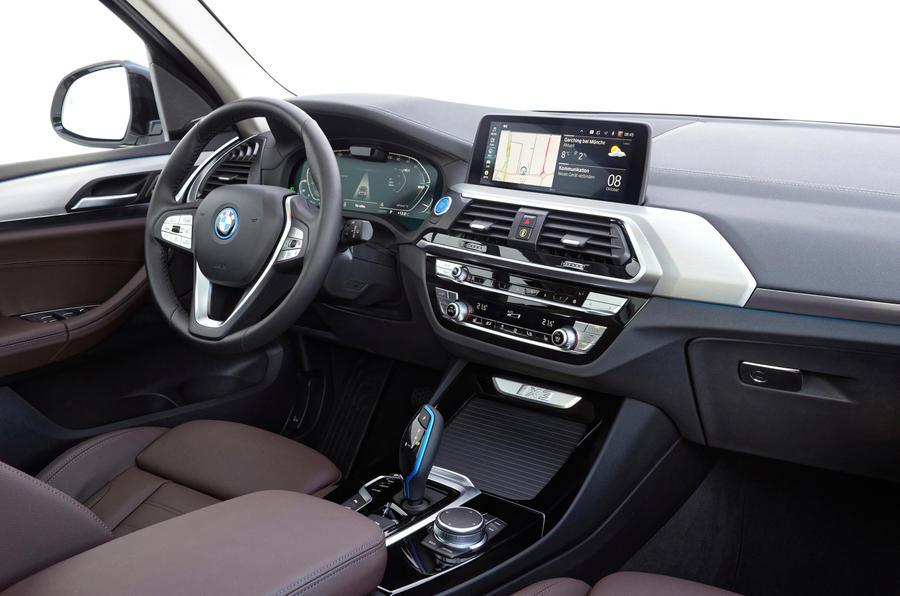 BMW iX3 2020 : premier bilan de conduite - tableau de bord