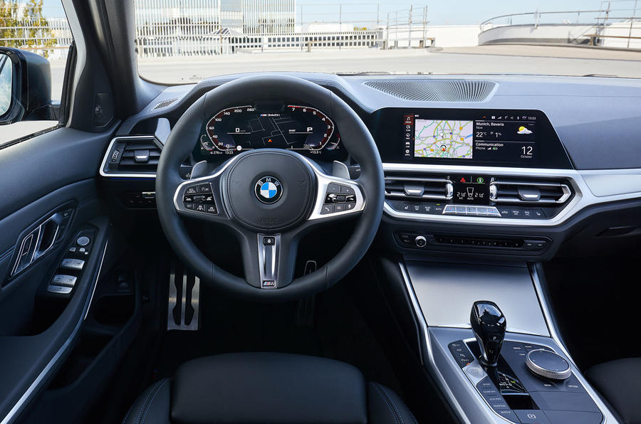 BMW M340i xDrive 2019 first drive review - dashboard