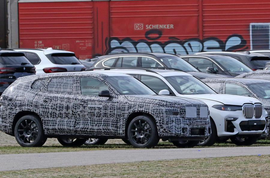 BMW X8 - front