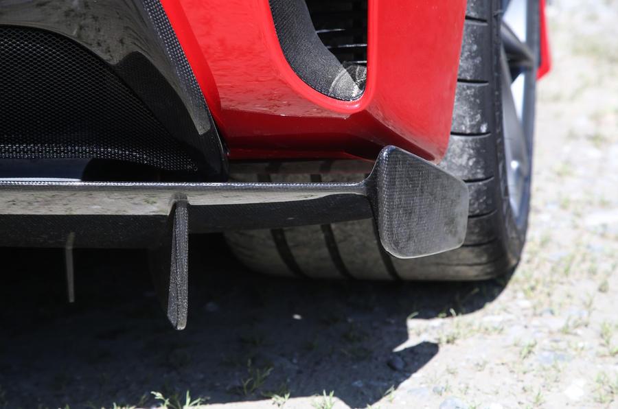 Ferrari 488 Pista 2018 review rear splitter