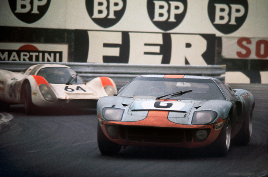 Ford GT40 - hero front