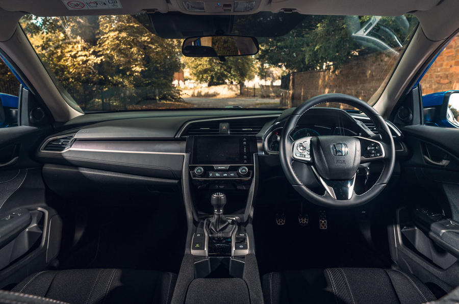 Honda Civic saloon 2018 UK first drive review cabin