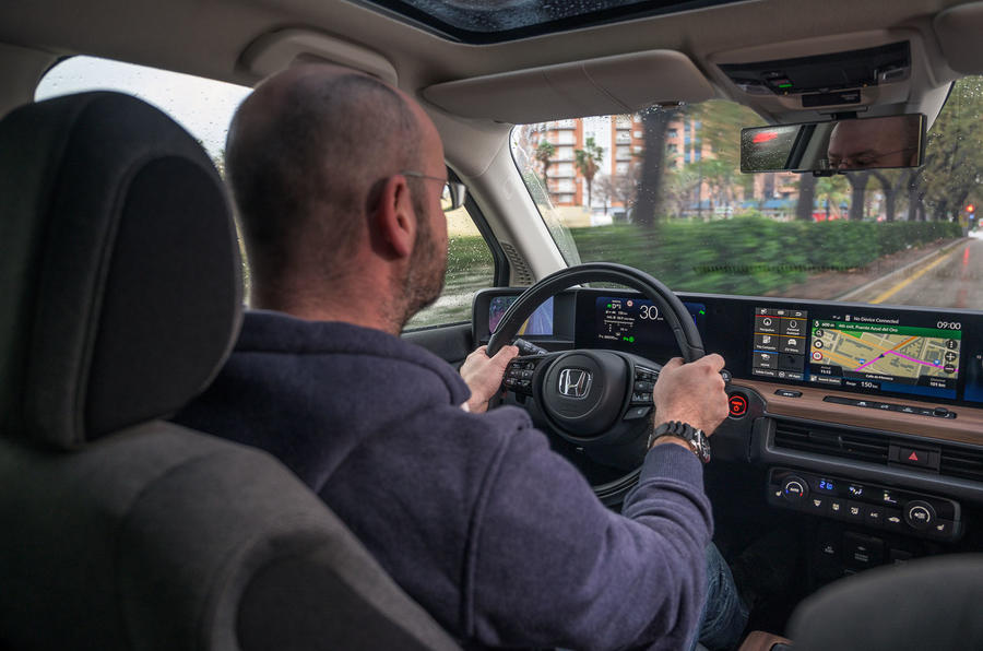 Honda e 2020 first drive review - Matt Prior driving