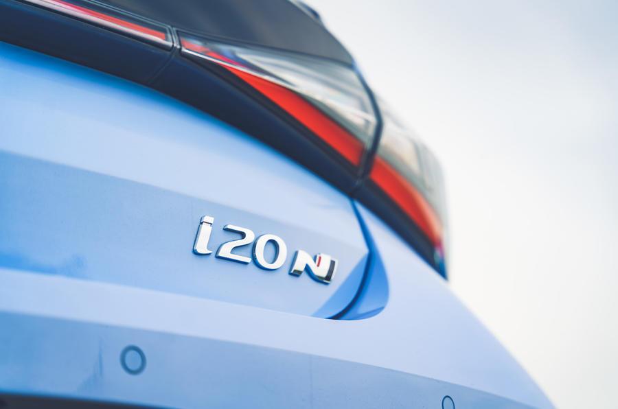 9 Hyundai i20N 2021 RHD UE FD badge arrière