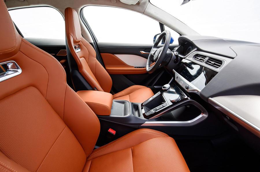 Jaguar I-Pace 2018 review interior