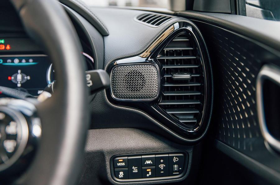 Kia Soul EV 2020 UK first drive review - air vents