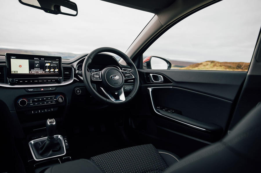 Kia Xceed 2020 UK first drive review - cabin