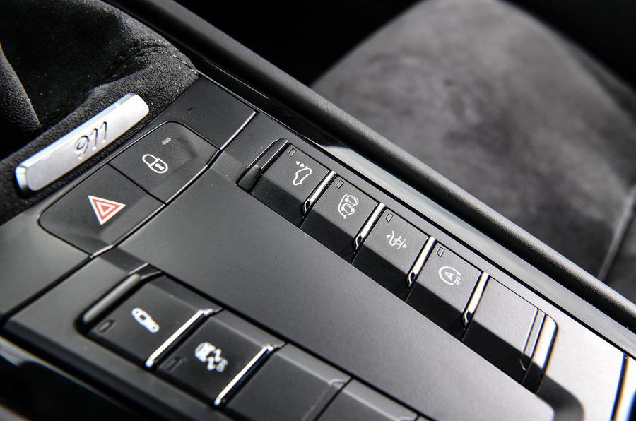 Litchfield Porsche 911 Carrera T 2018 first drive review - drive modes