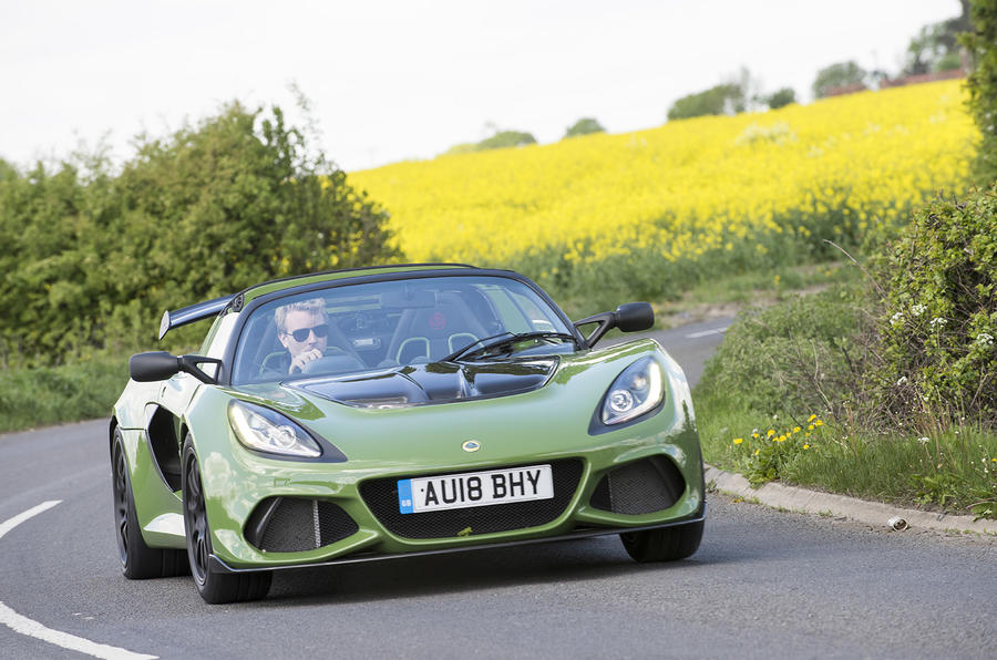 Lotus Exige Sport 410 2018 review on the road front