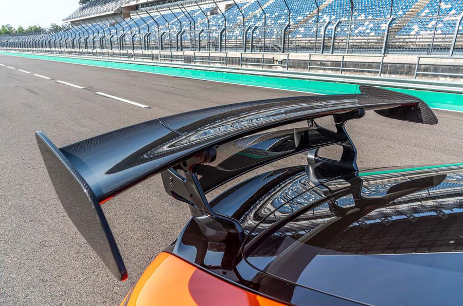 Mercedes-AMG GT Black Series 2020 : premier bilan de conduite - spoiler