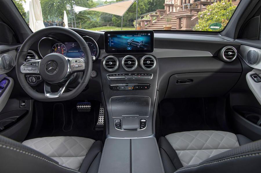 Mercedes-Benz GLC 300d 2019 first drive review - dashboard