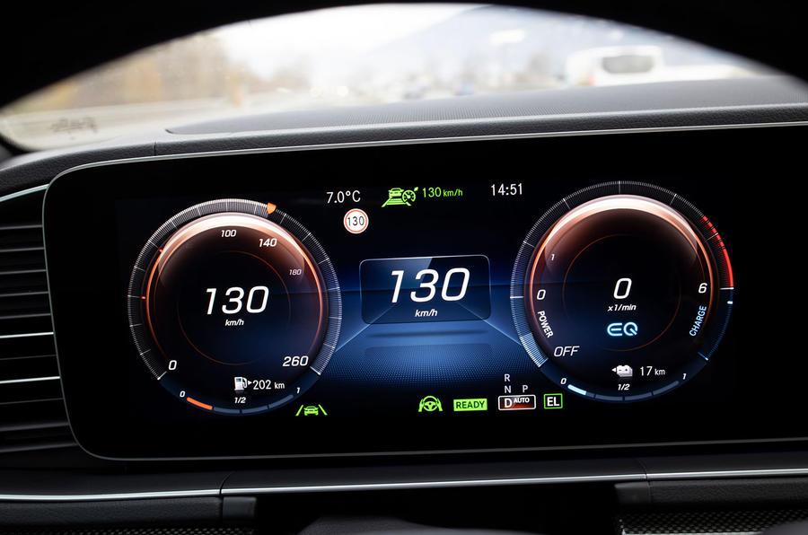 Mercedes-Benz GLE 350de 2020 first drive review - dials