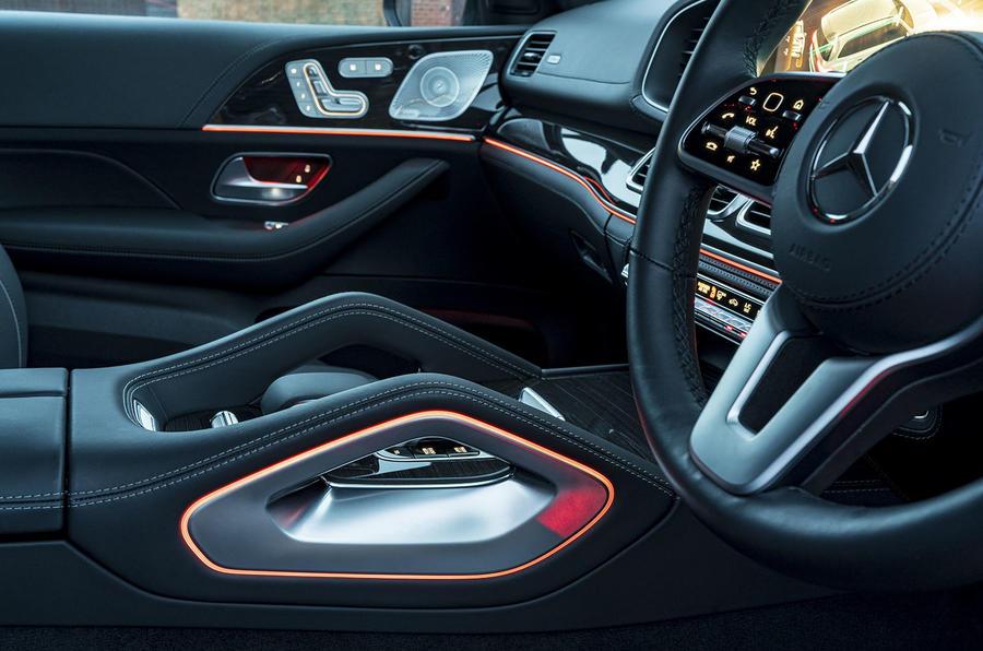 Mercedes-Benz GLS 400d 2019 UK first drive review - centre console