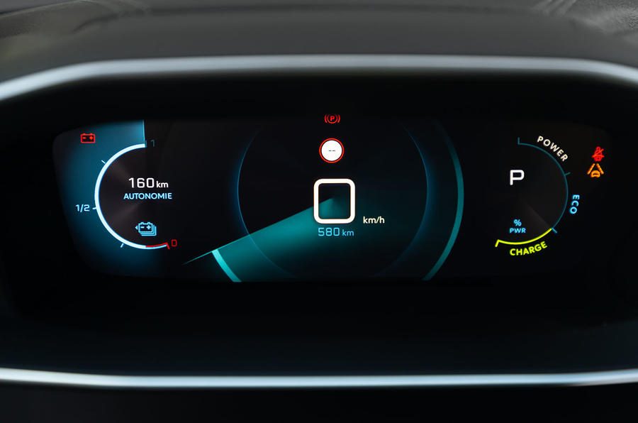 Peugeot e-2008 2020 first drive review - instruments