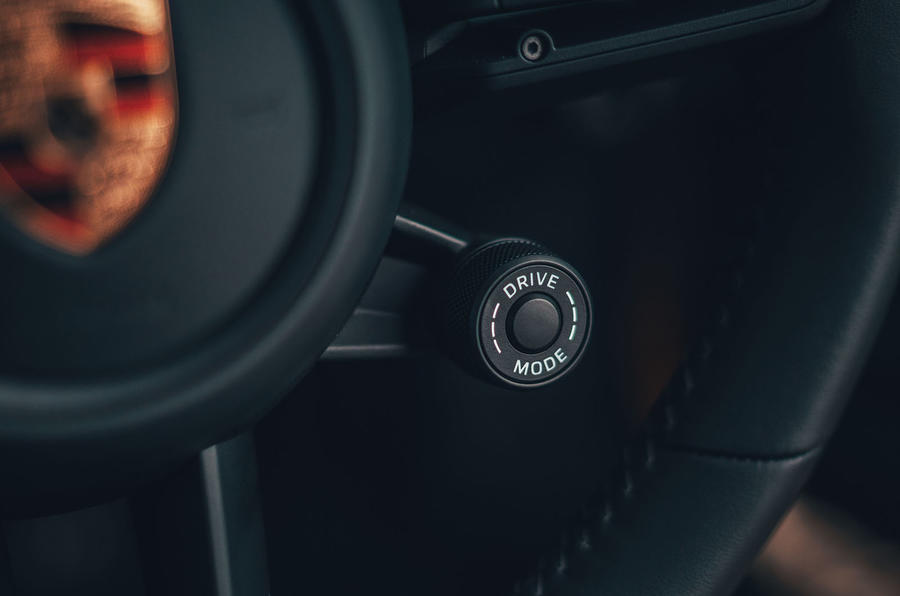Porsche 911 Carrera 4S 2019 UK first drive review - steering wheel drive modes