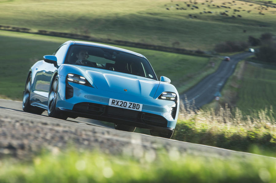 Porsche Taycan 4S 2020 UK first drive review - on the road front