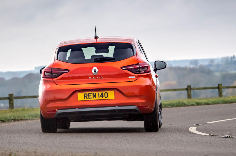 Renault Clio E-Tech hybrid 2020 UK first drive review - cornering rear