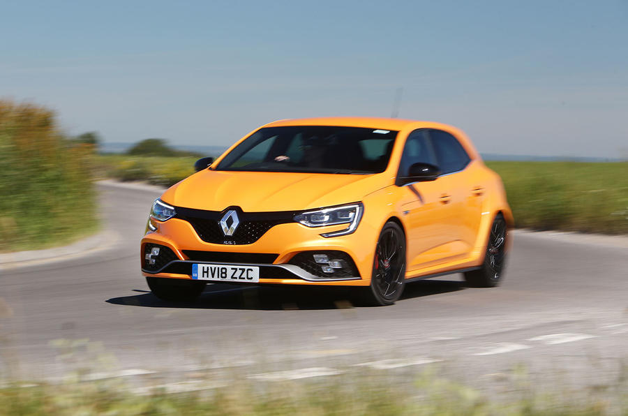 Renault Megane RS 2018 UK first drive cornering front right