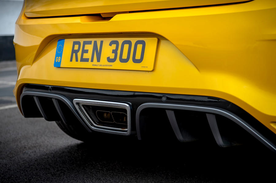 Renault Megane RS 300 Trophy 2019 UK first drive review - exhaust