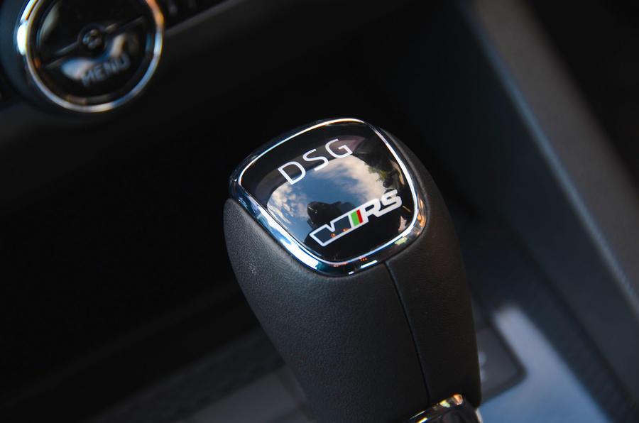Skoda Octavia vRS diesel longterm review gearstick