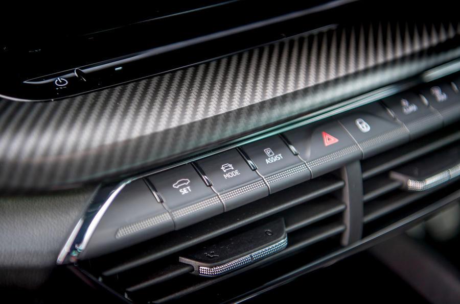 Skoda Octavia vRS TDI 2021 UK first drive review - drive mode buttons
