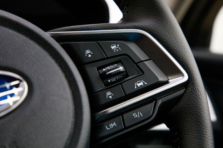 Subaru Forester eBoxer 2019 UK first drive review - steering wheel controls