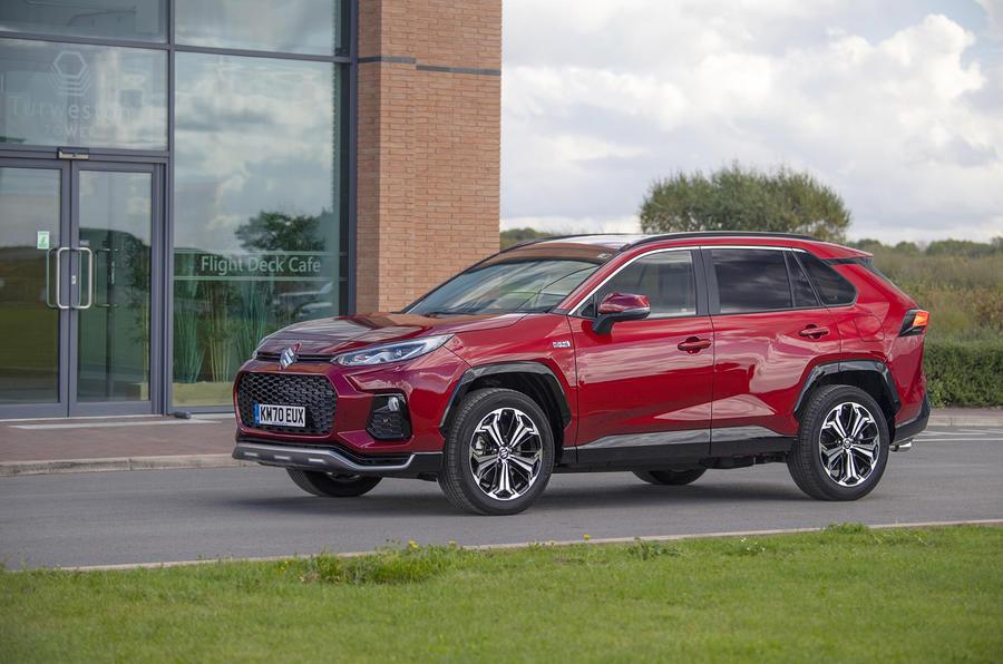 Suzuki Across Hybrid 2020 : premier bilan de la conduite au Royaume-Uni - côté statique