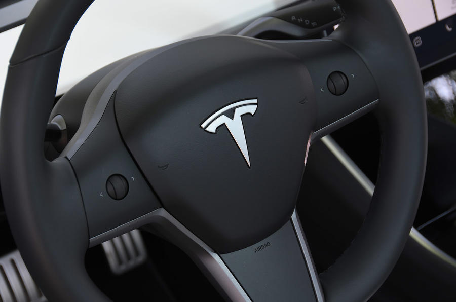 Tesla Model 3 Performance 2019 UK first drive review - steering wheel buttons