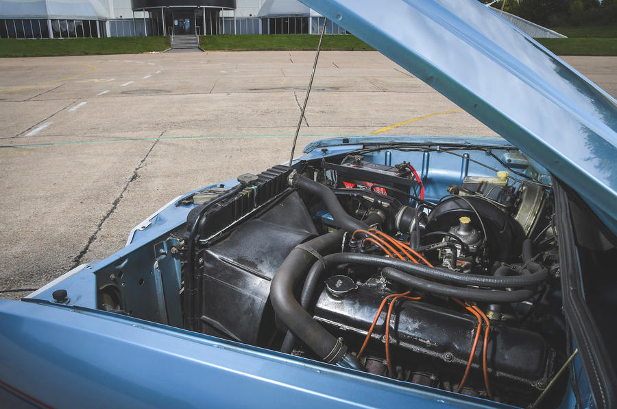Vauxhall Victor - engine