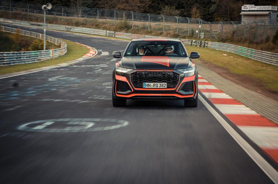 Audi RS Q8 2020 camo ride - track nose
