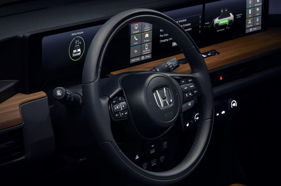 Honda e 2019 prototype drive - steering wheel