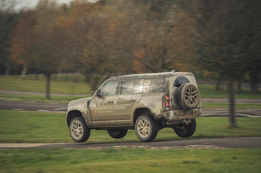 Jaguar Land Rover Cross Country - Yump