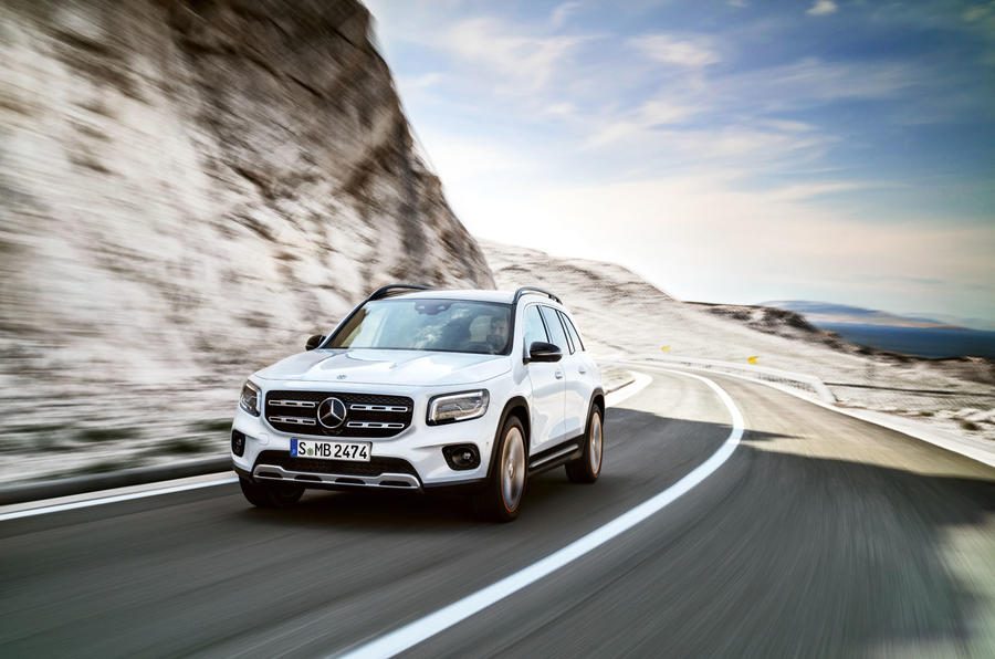 Mercedes-Benz GLB 2019 official reveal - cornering front