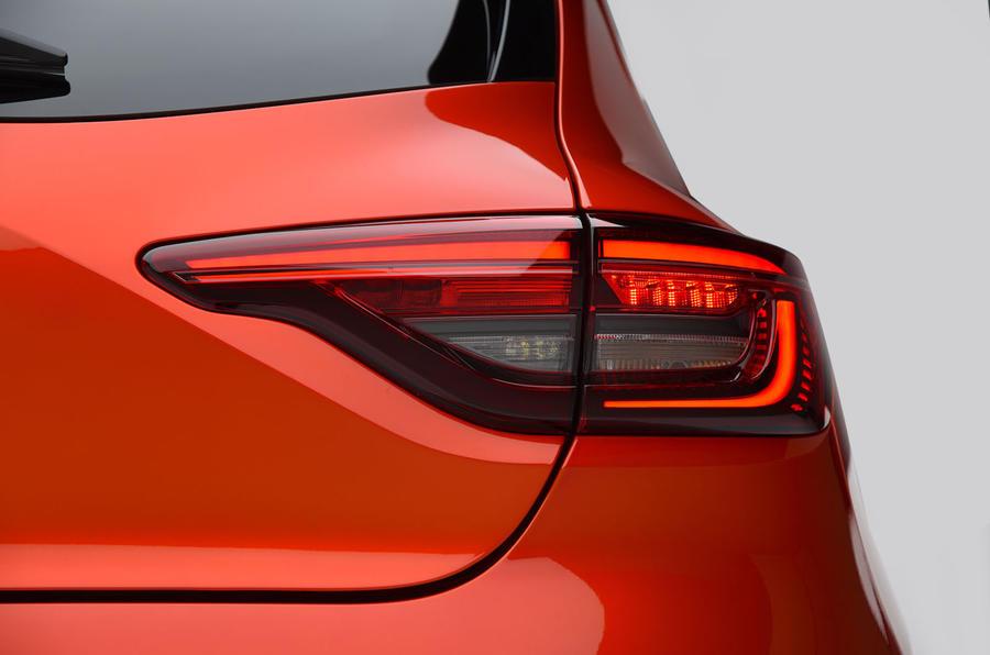Renault Clio 2019 Autocar studio static - rear lights