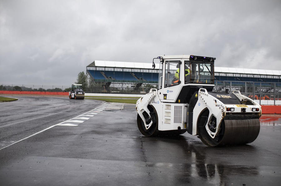 New Tarmac at Silverstone for 2019 - steamroller