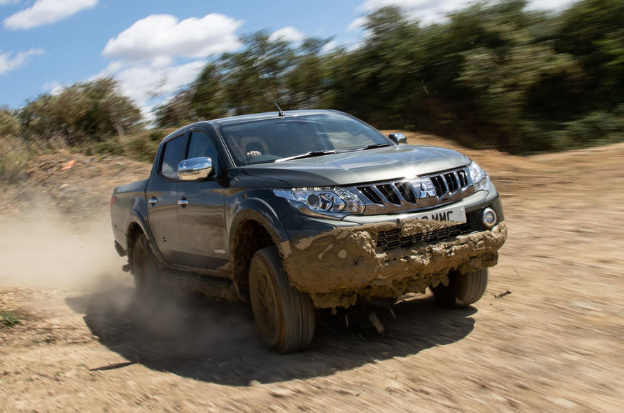 Used vs PCP: off-road workers - Mitsubishi L200