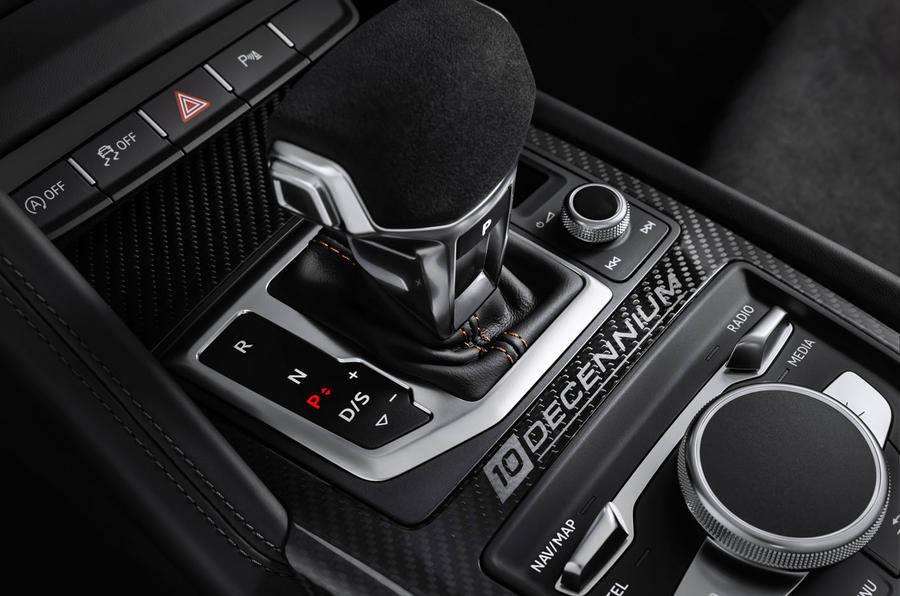 Audi R8 V10 Decennium official press images - centre console