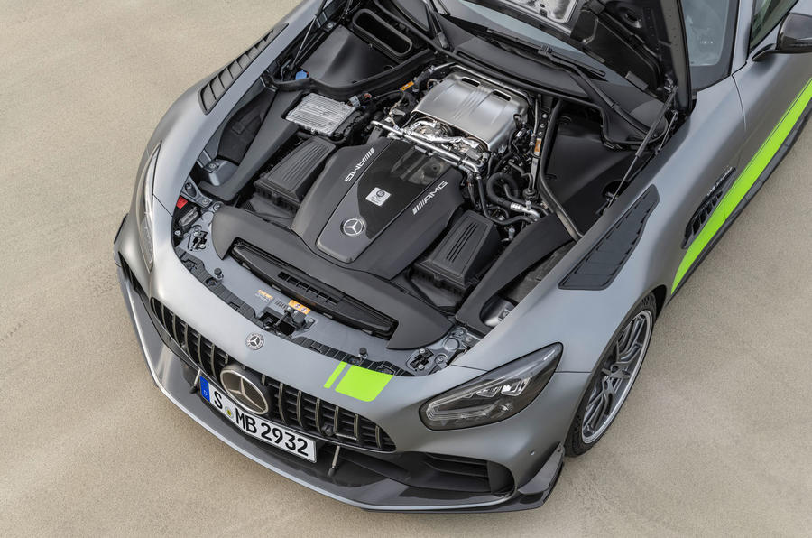 Mercedes-AMG GT R Pro 2018 LA motor show reveal - engine