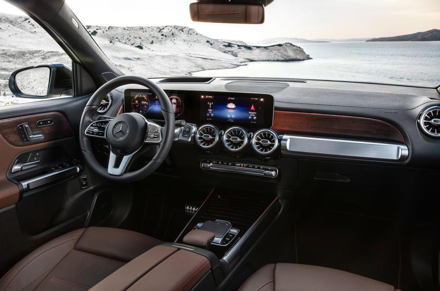 Mercedes-Benz GLB 2019 official reveal - steering wheel