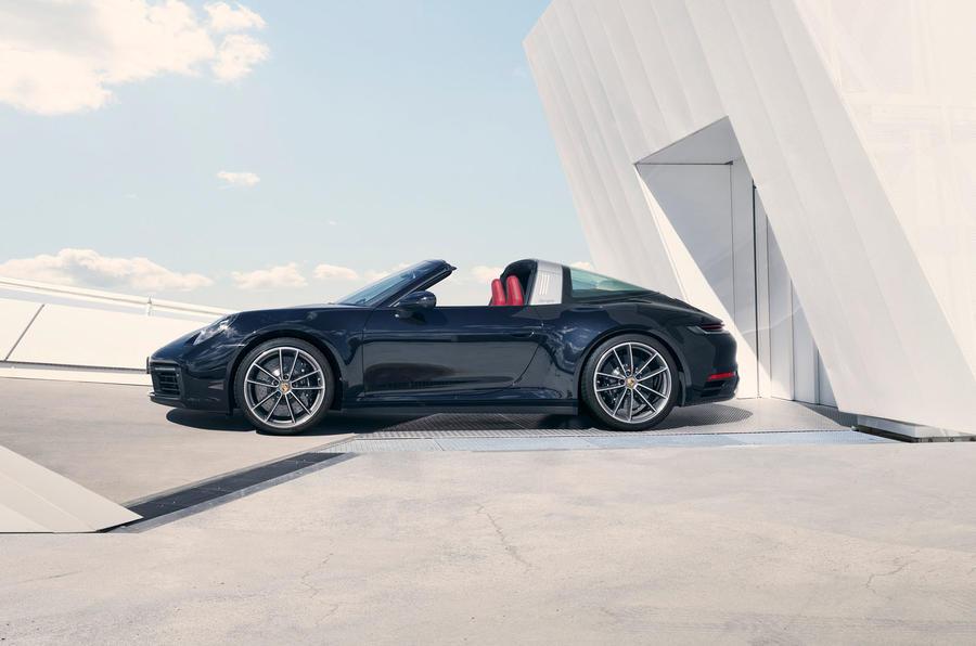 Porsche 911 Targa 992 official images - static side