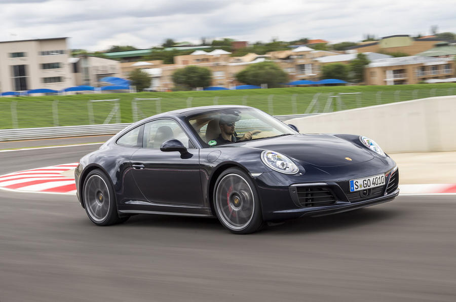 Steering Wheel Shaking >> 2016 Porsche 911 Carrera 4S PDK review review | Autocar
