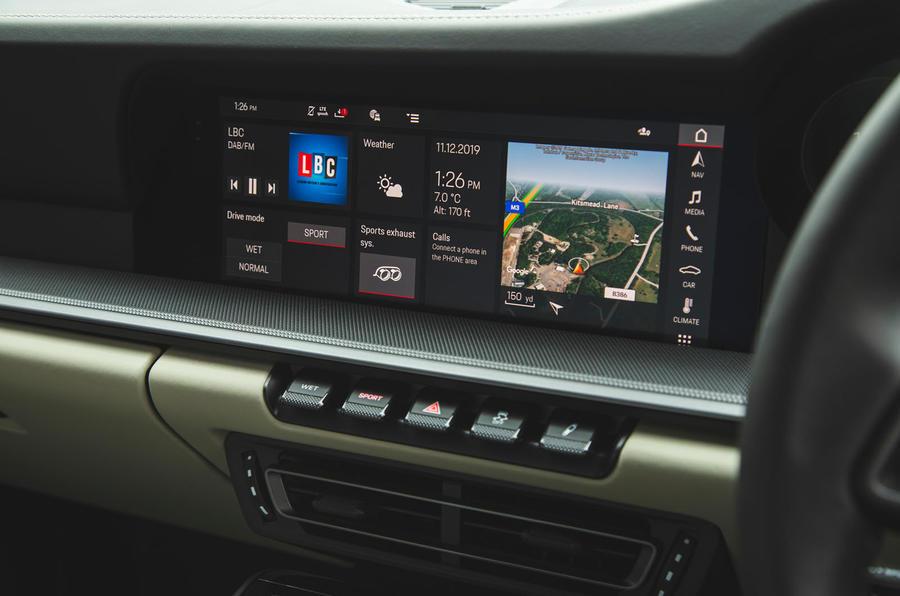 Porsche 911 Carrera 2019 UK first drive review - infotainment