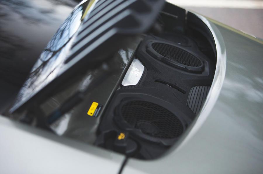 Porsche 911 Carrera 2019 UK first drive review - engine