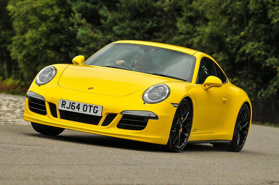 Porsche 911 C4 GTS cornering
