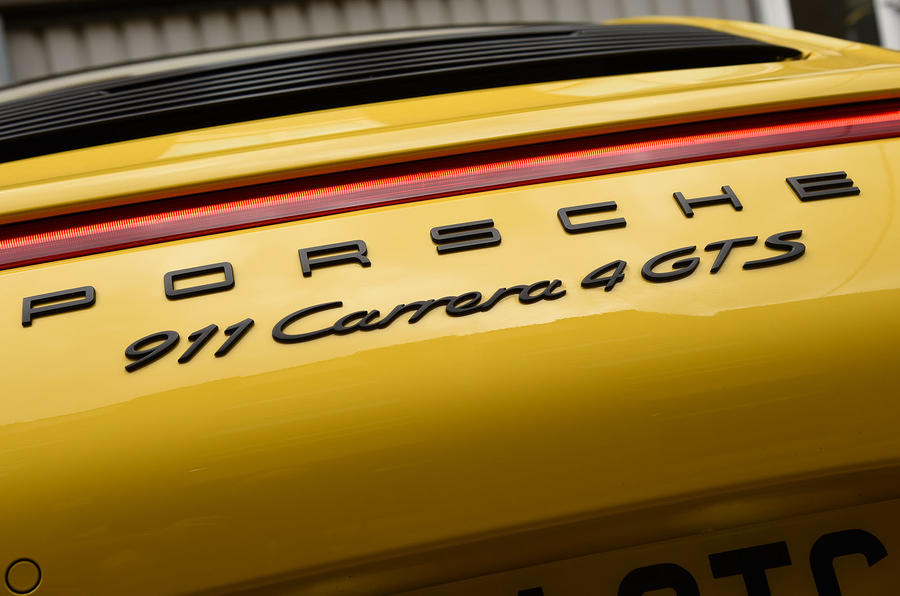 Porsche 911 C4 GTS badging